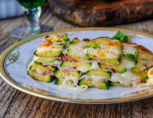 Millefoglie di zucchine grigliate provola e prosciutto