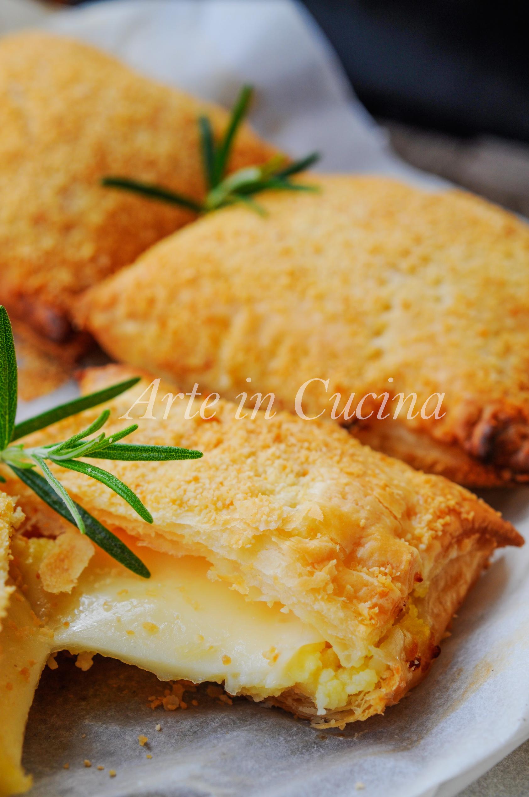 Sfogliatine con patate e formaggio filante vickyart arte in cucina