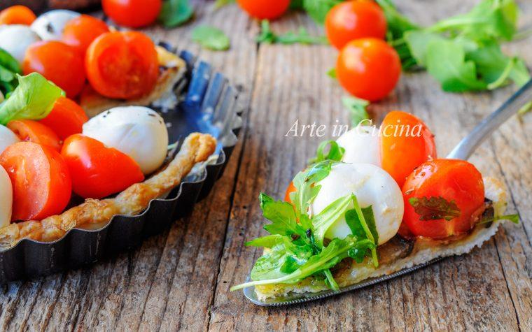 Crostata caprese con melanzane in pasta sfoglia