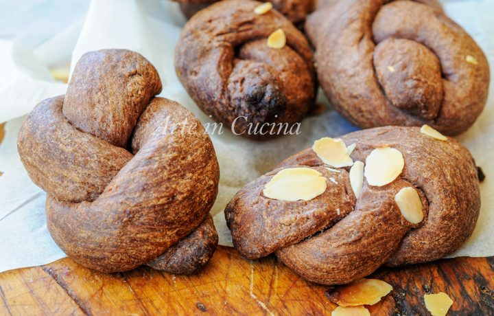 Nodini al cacao ricetta biscotti da colazione facili