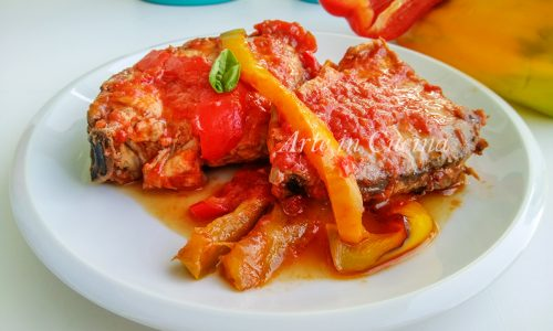 Pesce spada con peperoni ricetta veloce