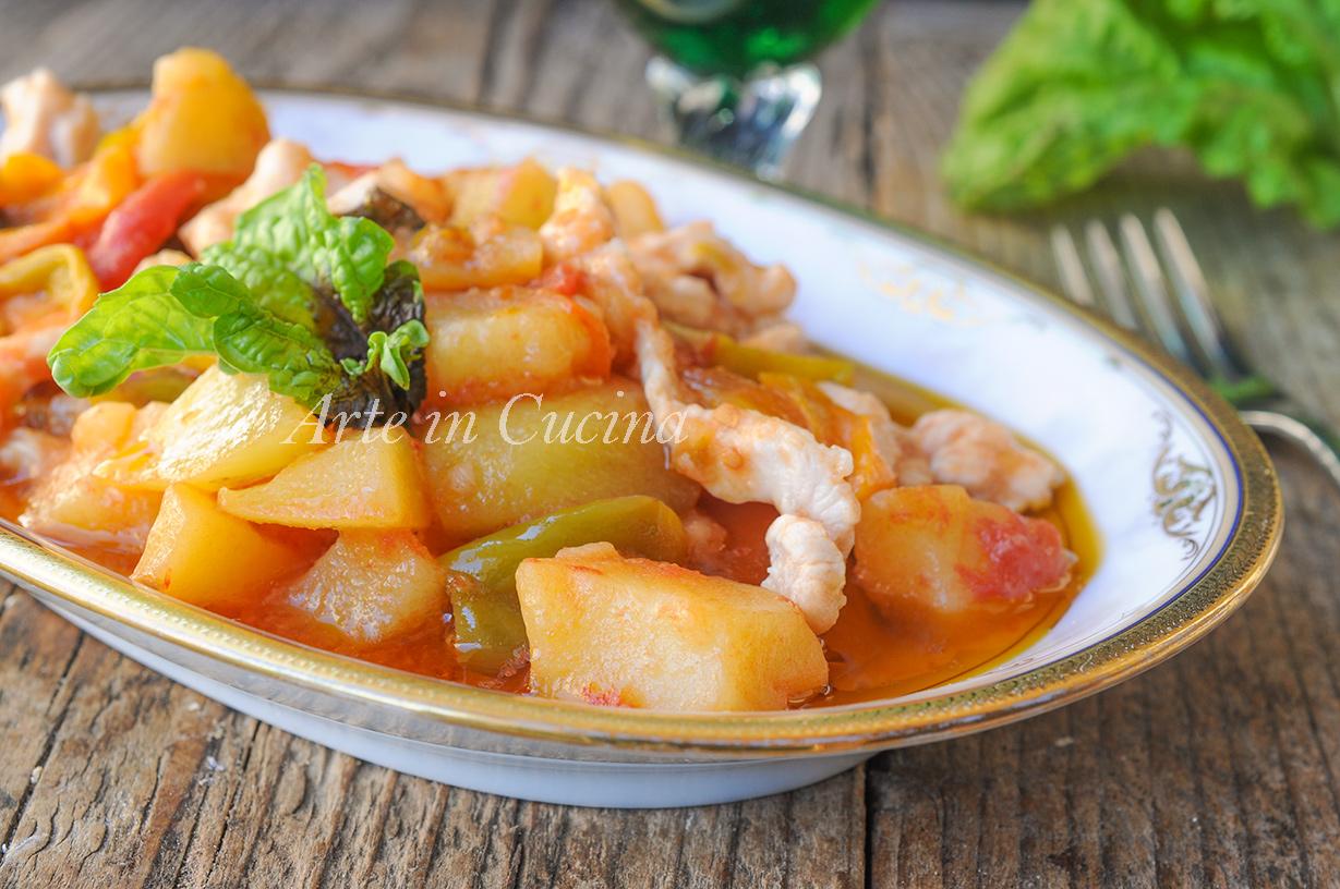 Straccetti di pollo peperoni e patate in padella vickyart arte in cucina