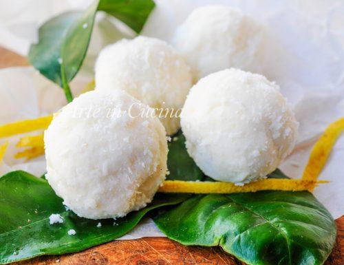 Tartufini limone e cocco veloci senza cottura