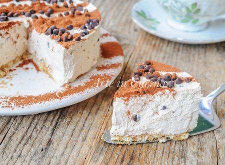 Torta gelato al caffè e cioccolato ricetta veloce