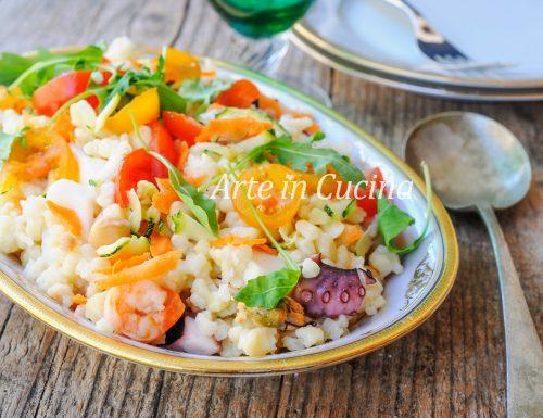 Fregola con insalata di mare e ceci ricetta facile