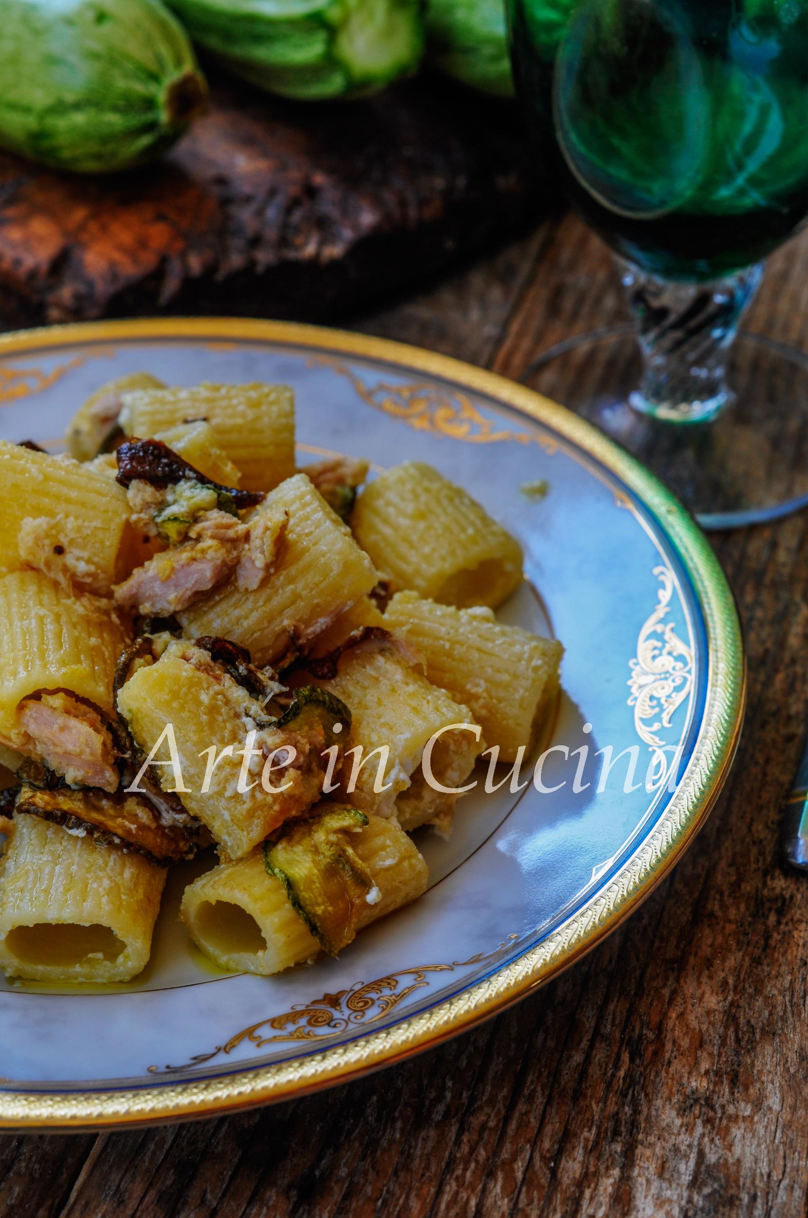 Maccheroni con zucchine fritte e ricotta vickyart arte in cucina