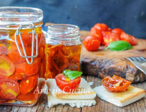 Pomodori secchi sott'olio ricetta veloce