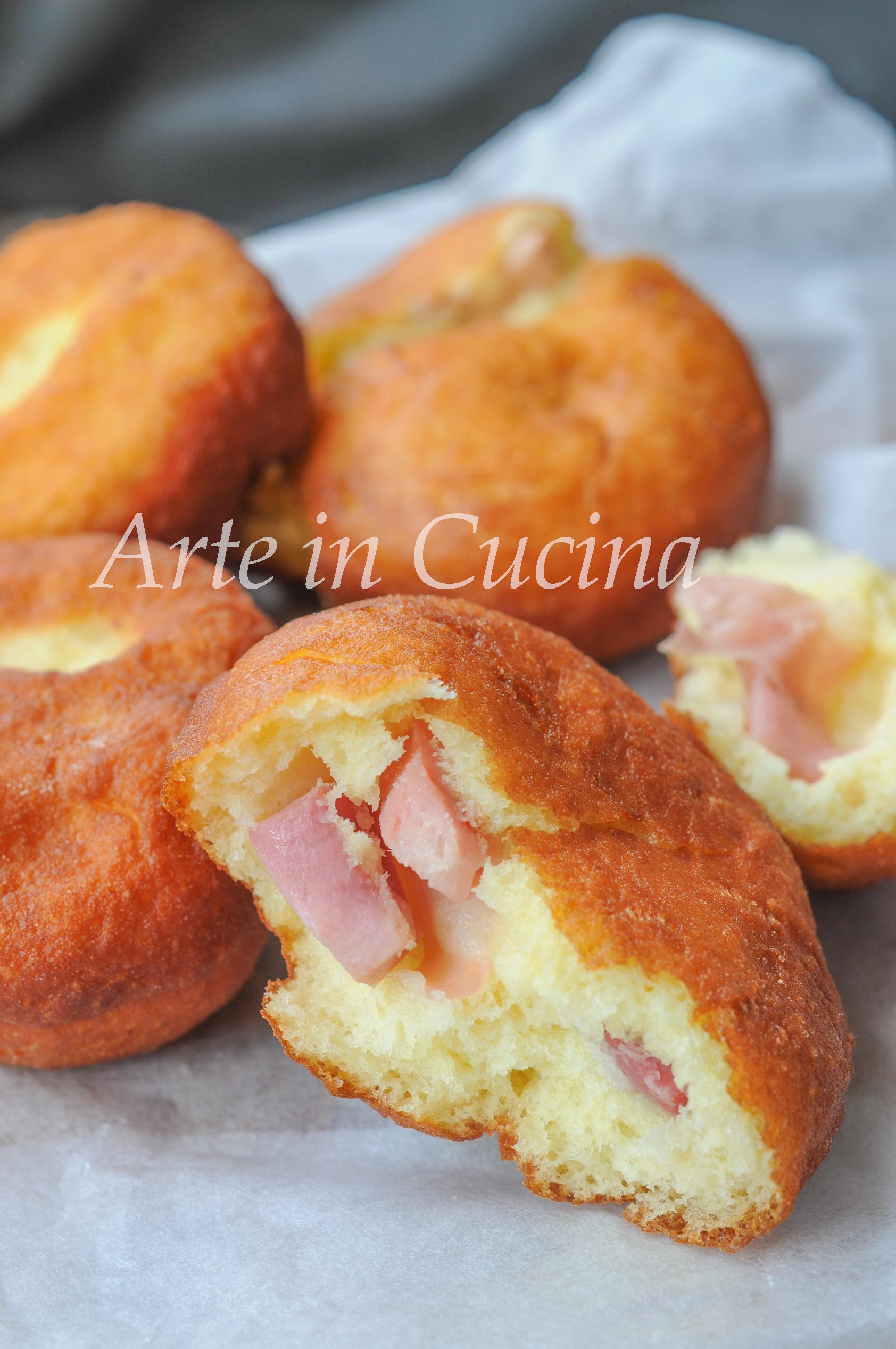 Bombe salate fritte soffici ai salumi e formaggio vickyart arte in cucina