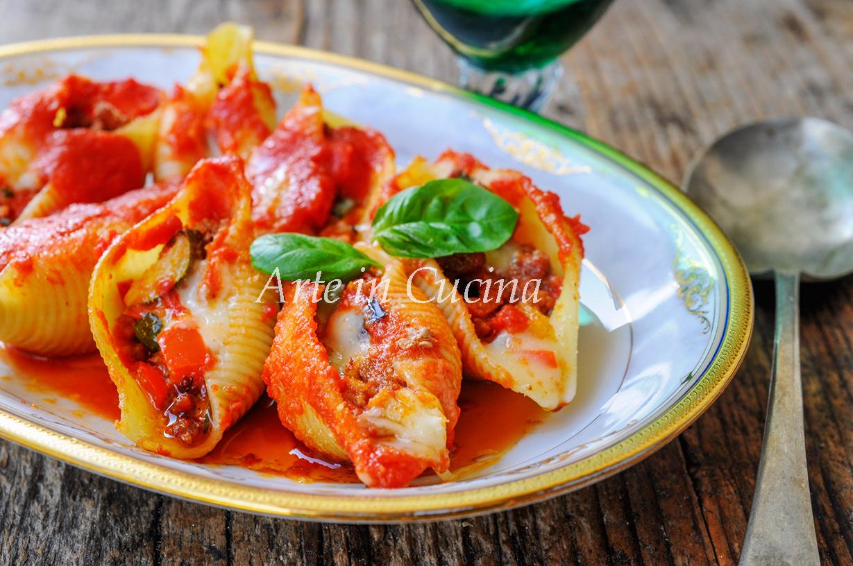 Conghiglioni ripieni alle verdure e carne vickyart arte in cucina
