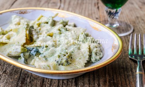 Pasta con broccoli cremosa facile e veloce