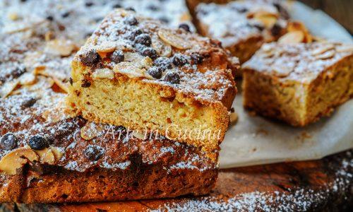 Quadrotti di pan nocciolato al miele biscotti