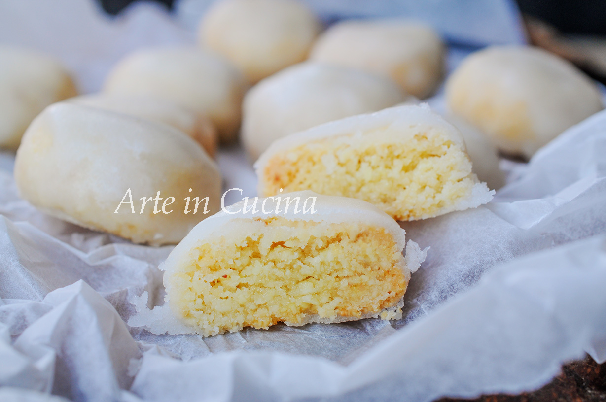 Sospiri di ozieri dolci sardi alle mandorle arte in cucina for Ricette dolci sardi