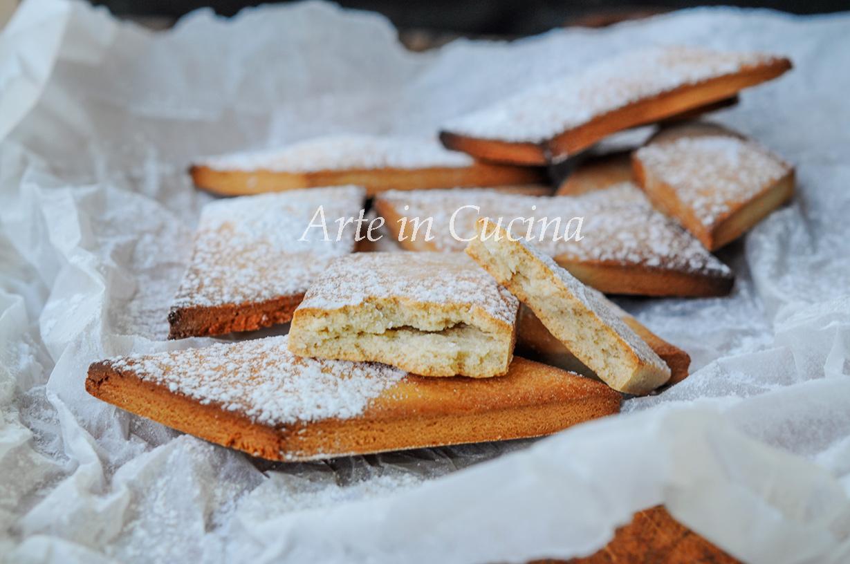 Straccaganasse di Viterbo biscotti al miele vickyart arte in cucina