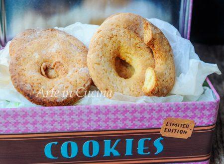 Ciambelline alla panna biscotti facili e veloci