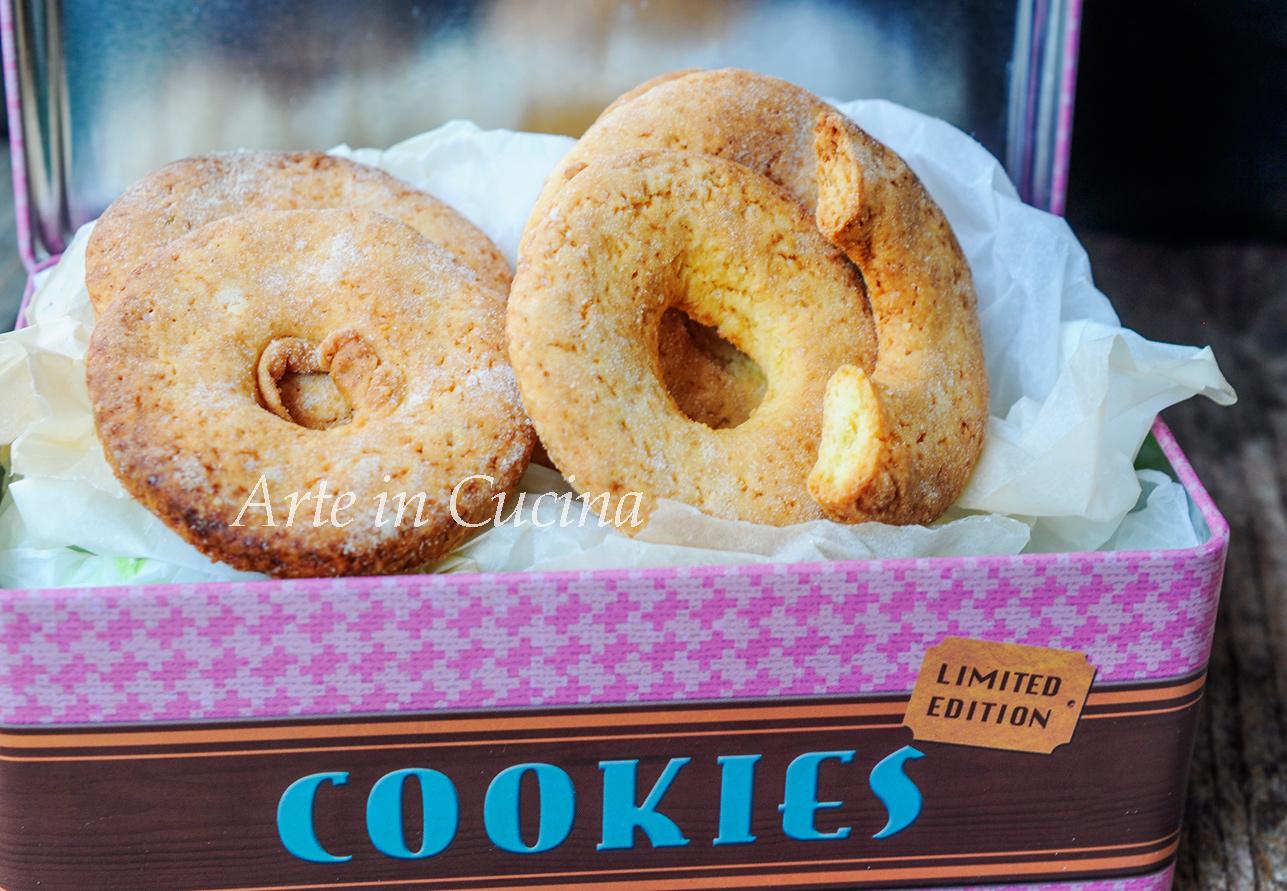 Ciambelle alla panna biscotti facili e veloci vickyart arte in cucina