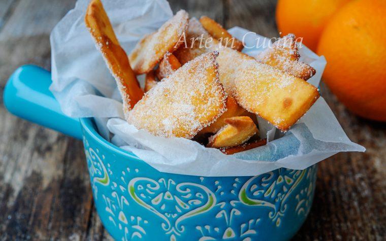 Frittelline all'arancia zuccherate senza uova velocissime