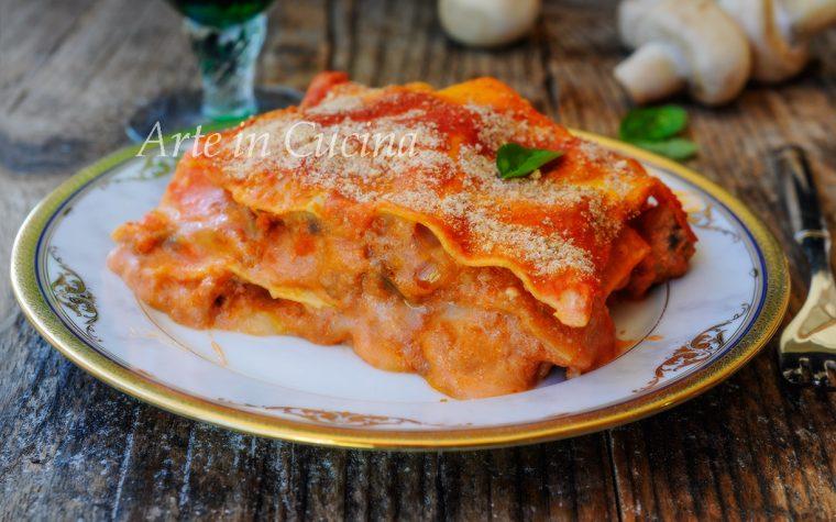 Lasagna con funghi e salsiccia cremosissima