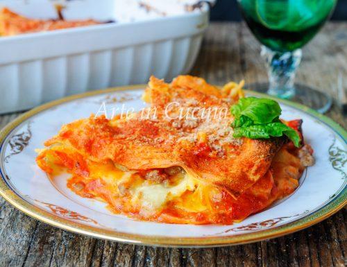 Lasagna zucca e salsiccia gratinata al forno