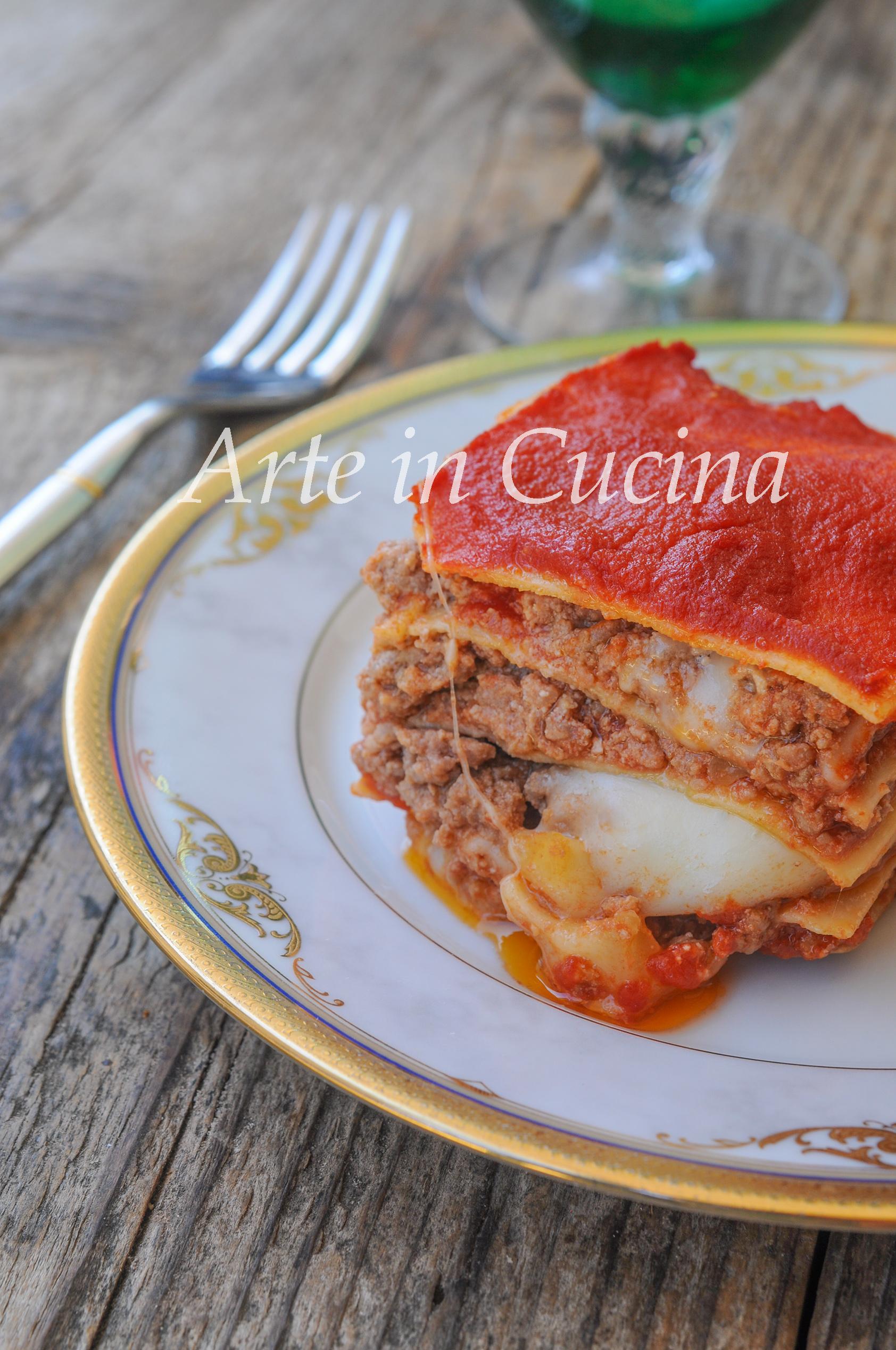 Lasagne con carne e provola ricetta semplice e veloce for Cucina veloce e semplice