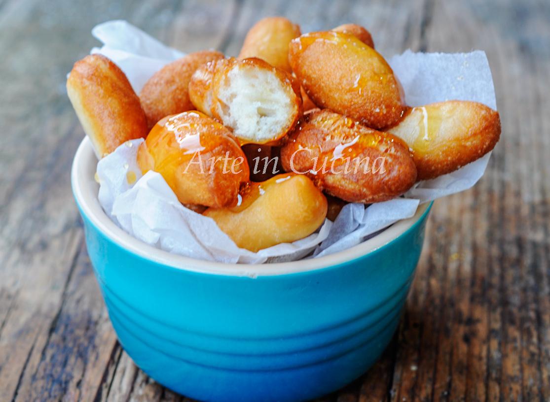 Vecchiarelle calabresi dolci fritti al miele vickyart arte in cucina