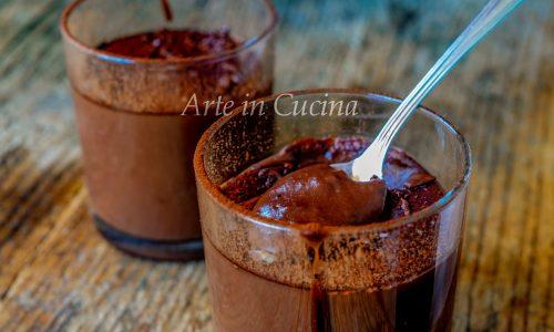 Cioccolata calda cremosa alla cannella