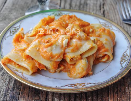 Paccheri alla zucca gorgonzola e noci ricetta veloce