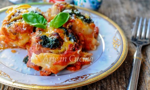 Rotolini di lasagna con carne e spinaci ricetta facile