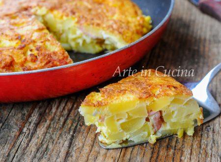 Torta di patate e mortadella in padella ricetta facile