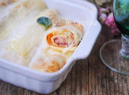 Crepes al forno con prosciutto e formaggio