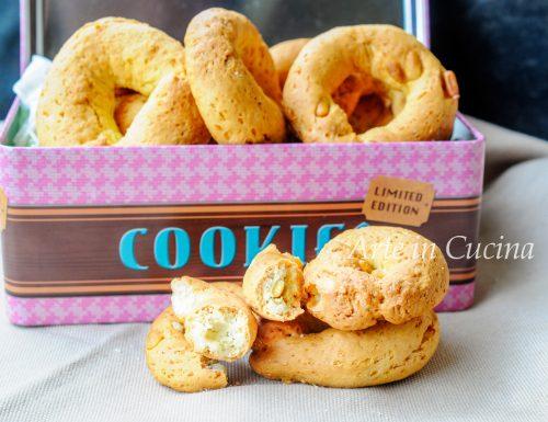 Ciambelline ascolane ai pinoli biscotti