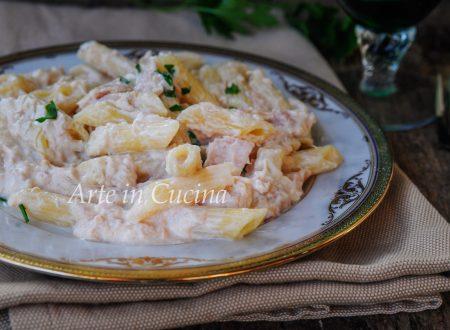 Pasta al tonno cremosa ricetta veloce