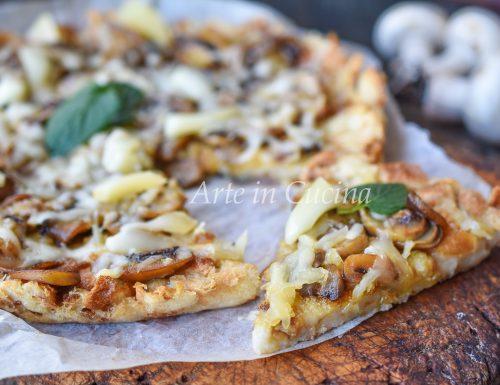Pizza di pane raffermo ai funghi veloce