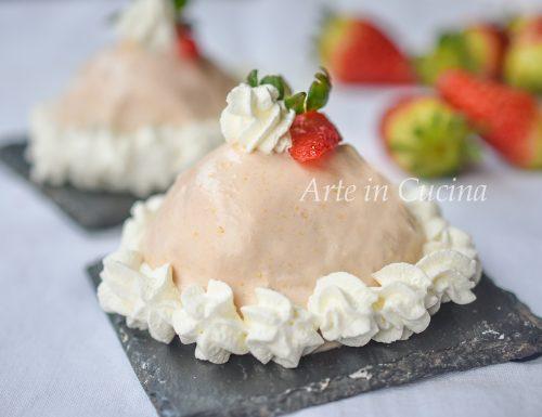 Delizie dolci alle fragole con crema