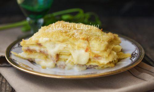 Lasagne con prosciutto crudo e provola