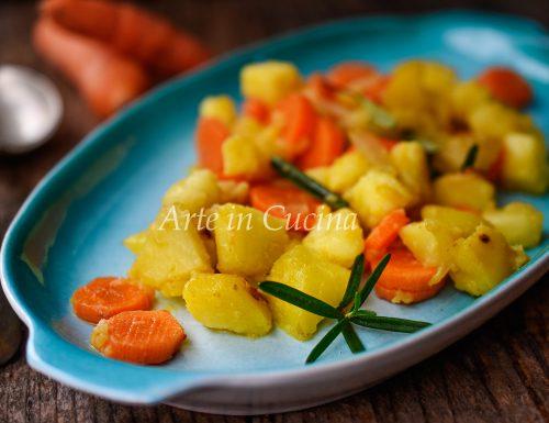 Patate carote e cipolle saltate in padella