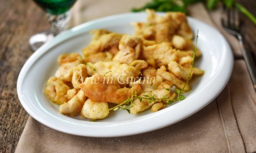 Straccetti di pollo fritti paprica e timo