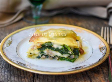 Lasagne spinaci e salsiccia con besciamella