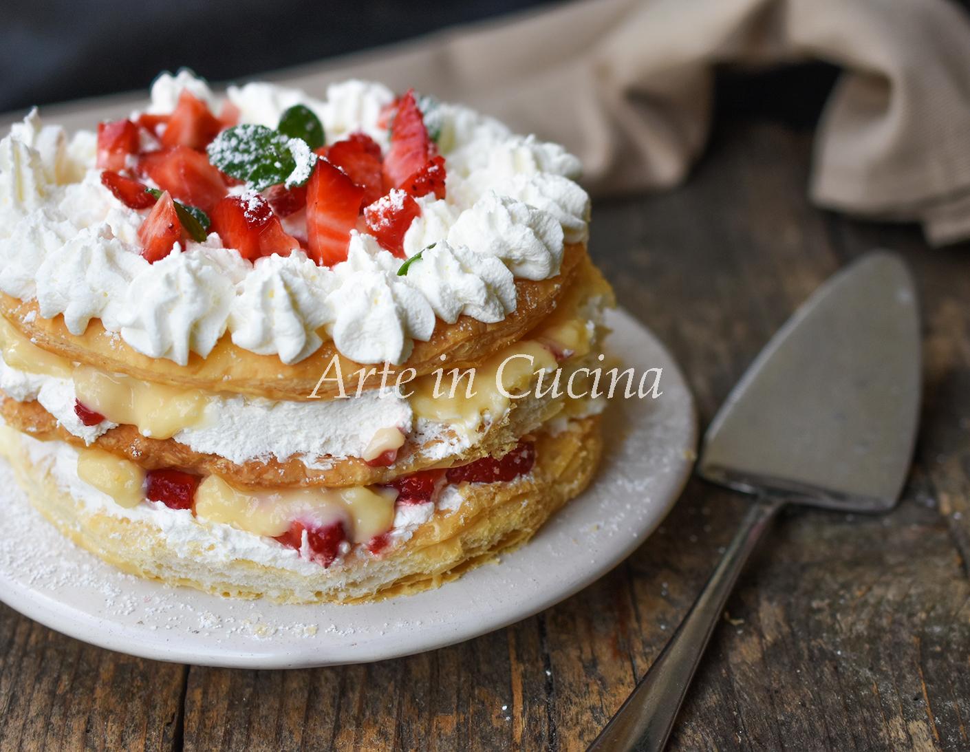Millefoglie alle fragole panna e crema dolce con pasta sfoglia vickyart arte in cucina