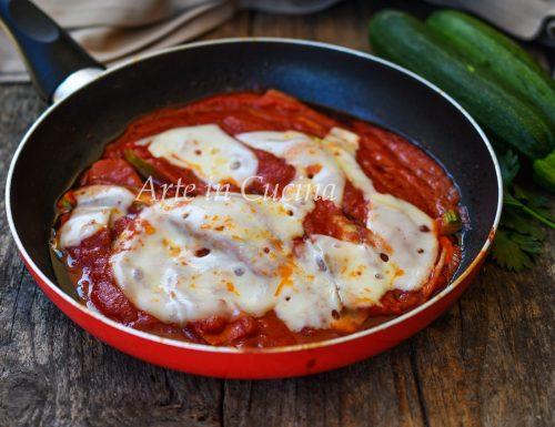 Parmigiana di zucchine leggera in padella