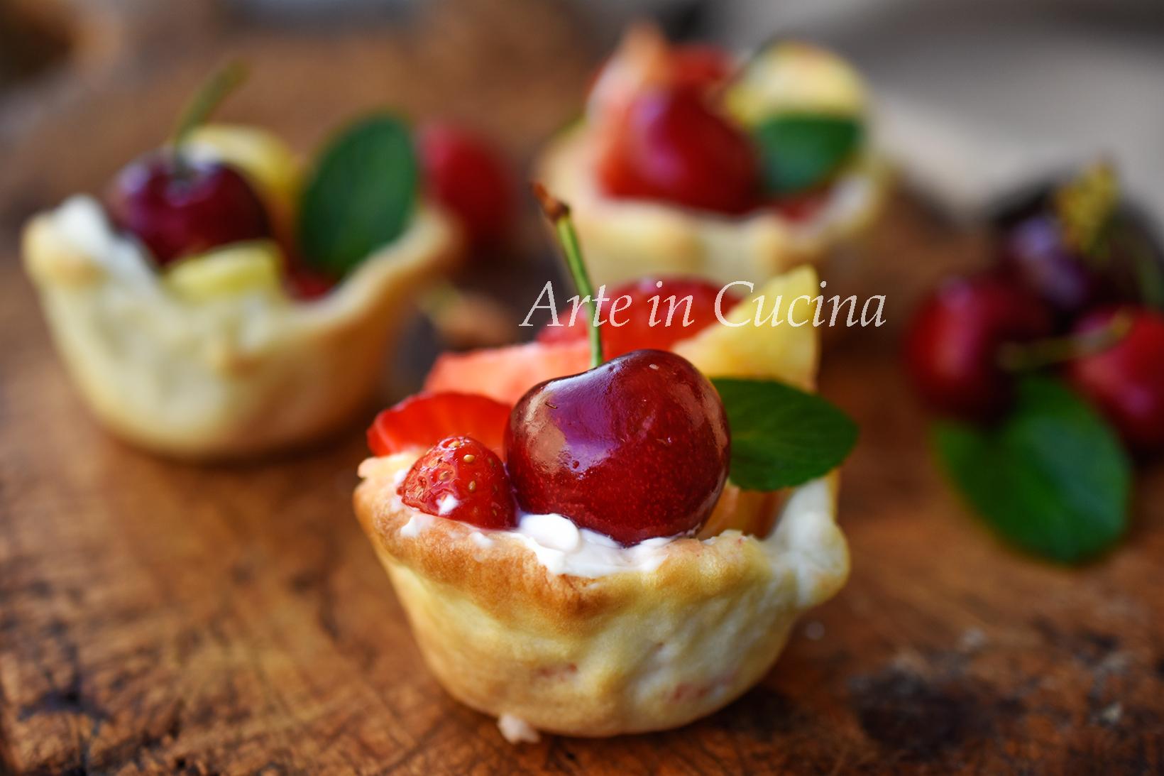 Cestini di frolla ripieni di frutta e mascarpone piccola pasticceria vickyart arte in cucina