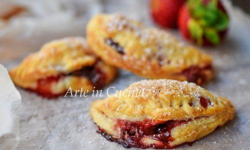 Sfoglia nutella e fragole dolcetti veloci