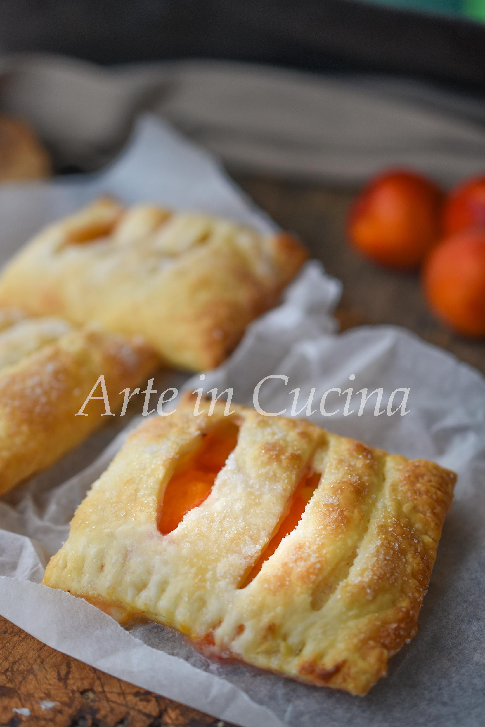Sfogliatine crema e albicocche dolci con sfoglia veloci vickyart arte in cucina
