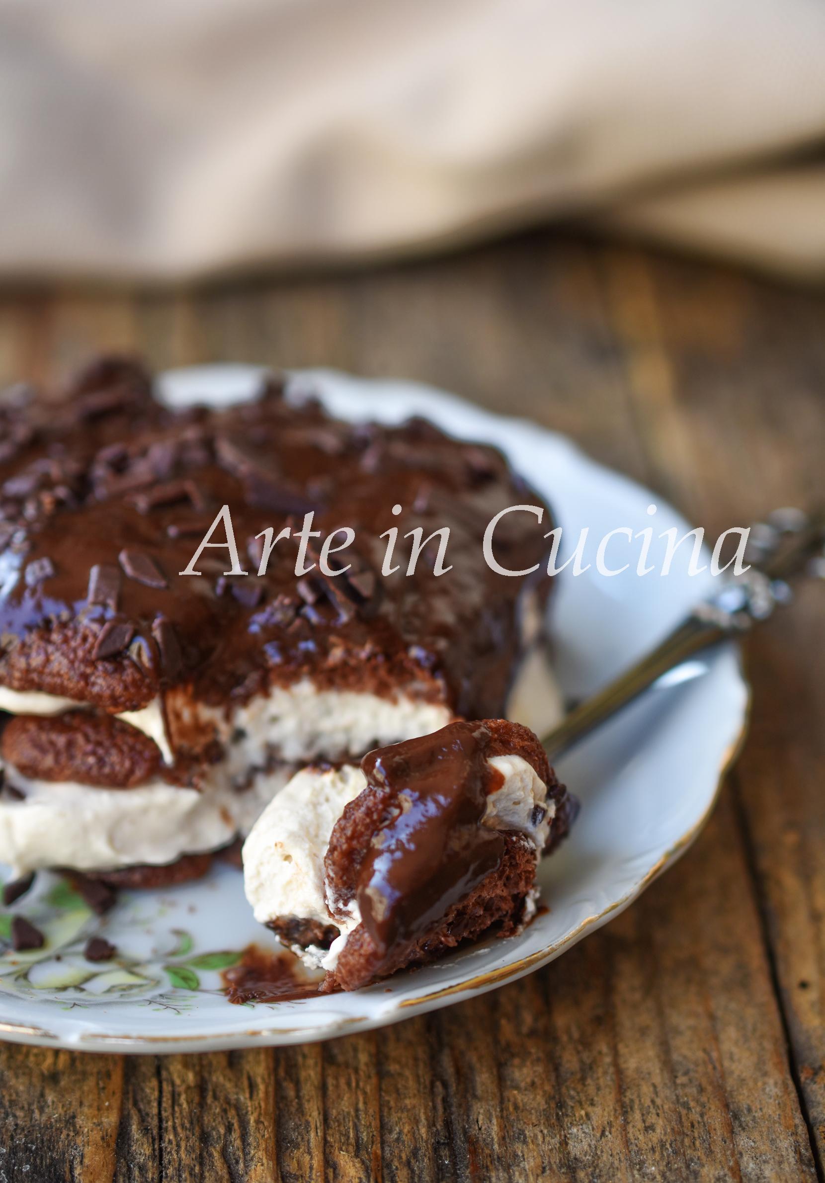 Tiramisù monoporzione al cioccolato dolce con pavesini al cacao vickyart arte in cucina