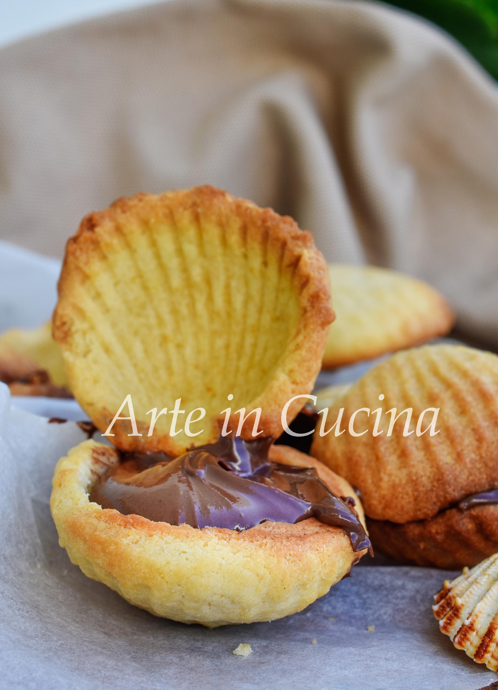 Biscotti a forma di conchiglia ripieni di nutella ricetta facile vickyart arte in cucina