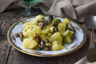 Insalata di sconcigli e patate ricetta facile di mare cucina napoletana vickyart arte in cucina