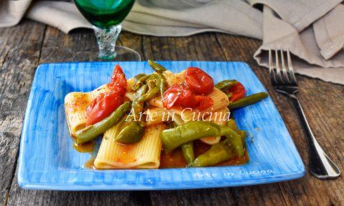 Paccheri con peperoncini verdi