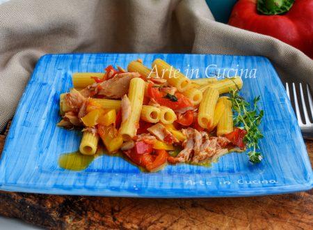 Pasta con peperoni e tonno veloce