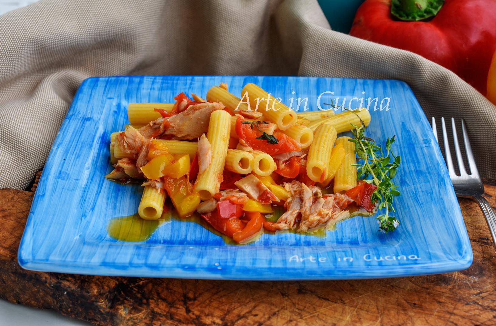 Pasta con peperoni e tonno veloce primo piatto facile vickyart arte in cucina