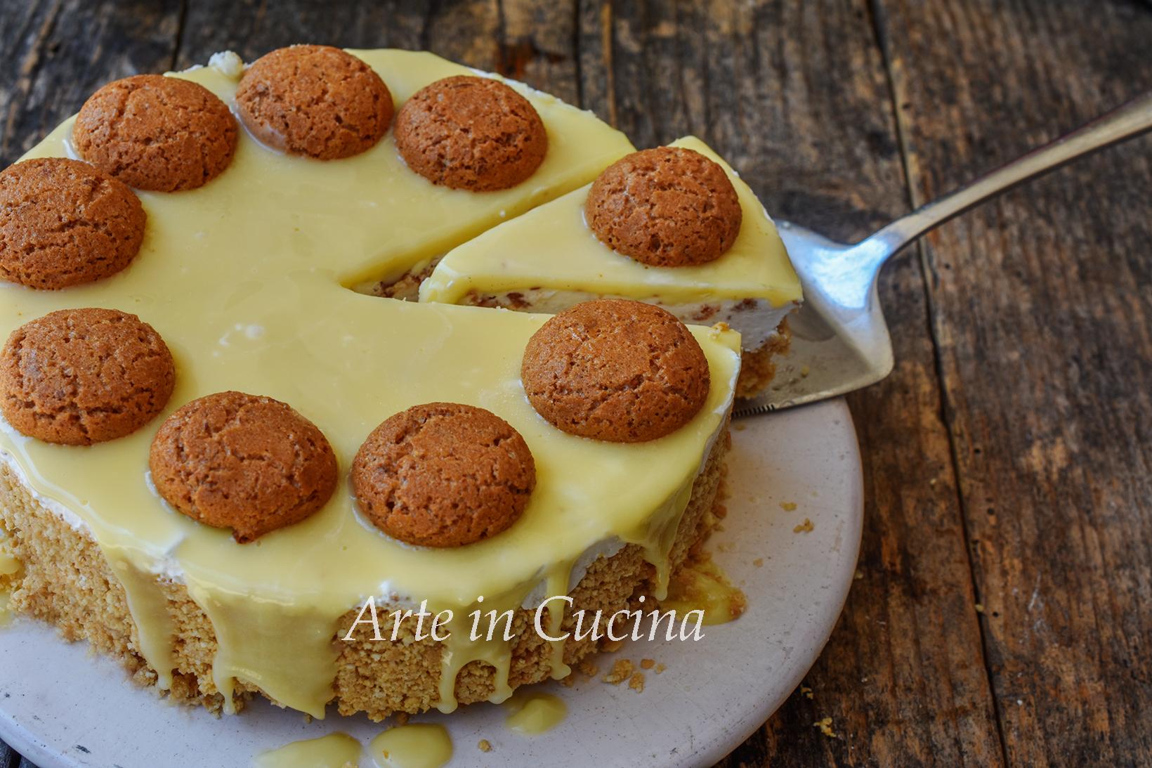 Cheesecake amaretti e cioccolato bianco dolce veloce