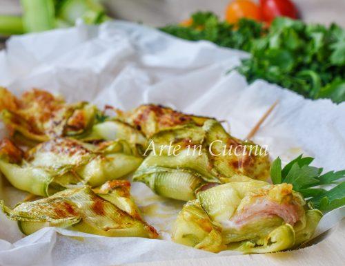 Pacchetti di zucchine con mortadella e mozzarella